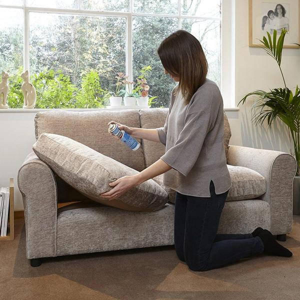 Làm sạch Nệm ghế bằng bình xịt